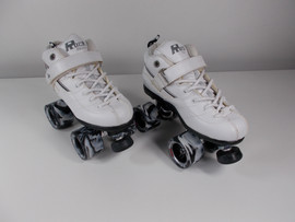 **SLIGHTLY USED** GT50 Roller Derby Speed Skate White Size 6