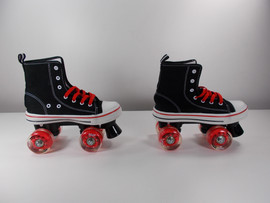 ***SLIGHTLY USED** MVP Quad Roller Skate Black and Red Size 5