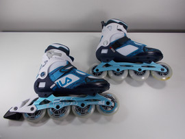 **SLIGHTLY USED** FILA Legacy Pro 84 Inline Skate Size 9