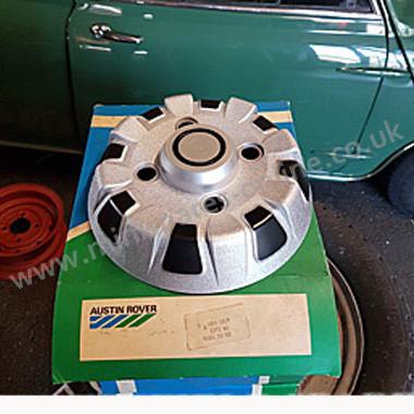 Classic Mini Clubman Estate Etc 10 Wheel Trimshub Cap New