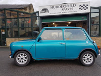Classic Mini 1300 SPI in highly desirable kingfisher blue