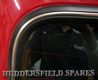 Rear screen seal