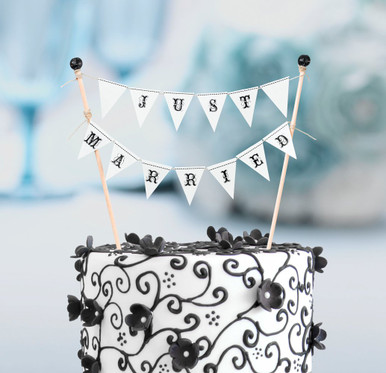 Just married wedding cake bunting cake decorations for Just married dekoration