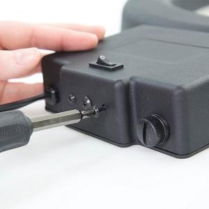 removing-bottom-screws-from-diva-ring-light.jpg