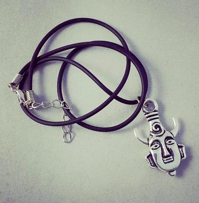 Supernatural Inspired Deans Amulet Necklace - Silver