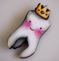 Hungry Designs Crowned Tooth Brooch - Cobalt Heights