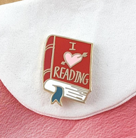 Jubly Umph I Heart Reading Lapel Pin - Cobalt Heights