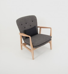 MAX ARMCHAIR: GREY (BLACK BUTTONS)