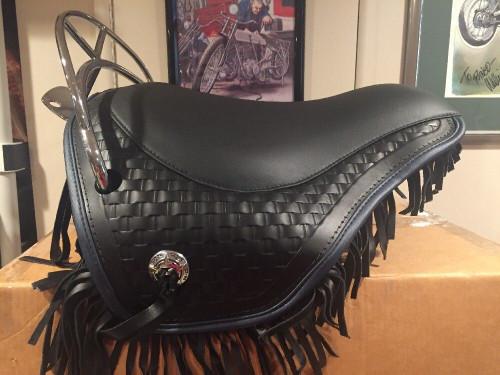 NOS HARLEY FLSTS HERITAGE SPRINGER SEAT BLUE TRIM 52512-97 WITH CHROME BACKRAIL  52036-97