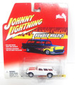 Johnny Lightning Thunder Wagons series 1954 Corvette Nomad