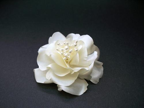 Ivory Magnolia Small Bridal Wedding Hair Accessory Flower Veil Clip