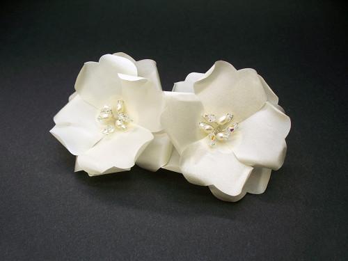 Ivory Rose Bridal Hair Clip Pearls Swarovski Wedding Veil Accessory