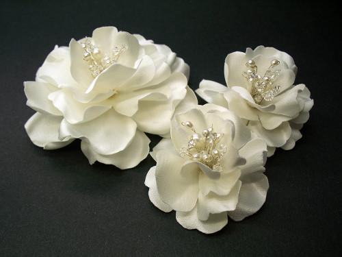 Off White Magnolia Bridal Hair Clips n Wedding Dress Pin Crystal Pearl