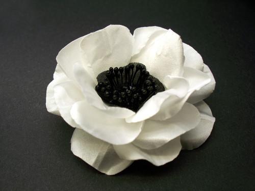 White Anemone Hair Clip Bridal Hair Flower Accessory