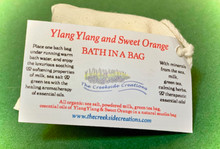 The citrus scent of sweet orange combines with scentual ylang ylang to create a bath to for a loving bath
