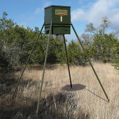 Texas Hunter Products 300 lb. capacity Trophy Deer and Wildlife Feeder with 8-foot Extension Leg Set