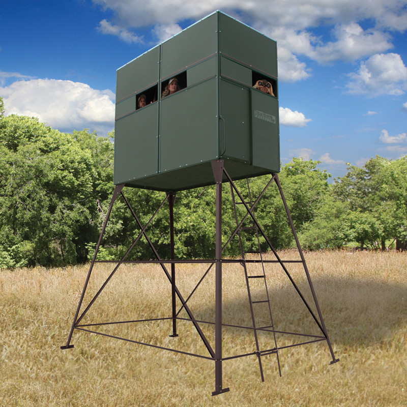 Deer Hunting Blind With 8' Stand