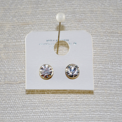 Close up of 2nd pierced stud earrings included in this set
