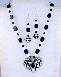 Full view of entire necklace set