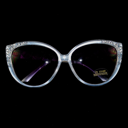 Front View of white pearly frames