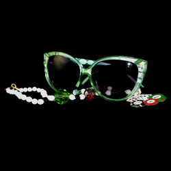 Peridot frames w/ sample necklace