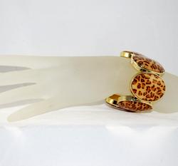 Leopard Print Oval Stretch Bracelet on wrist