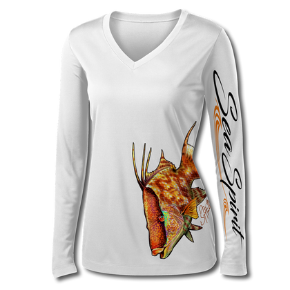 This Sea Spirit shirt is very cute, featuring Jason Mathias's illustration of a lit up Hogfish, elegantly designed to enhance the figure is sure to catch the eye and the fish. fine art design is sublimated onto our superior technology that definitely makes for a top favorite among woman anglers world wide!