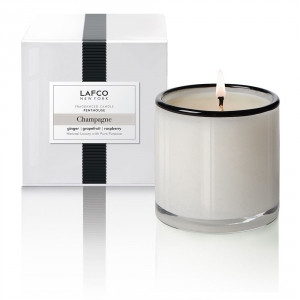 Sparkling grapefruit, Tuscan lemon and ginger are gently calmed by rose, neroli and verbena.