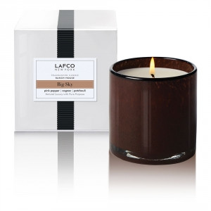 FRAGRANCE: Clean and woody with airy notes, a mix of sagebrush, fresh air, and a touch of amber wood.