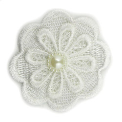 White Lace Pearl Flower 2.5""