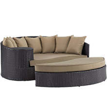Convene Outdoor Patio Daybed, Brown, Rattan 10488