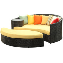 Taiji Daybed in Brown Orange