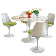 Lippa 5 Piece Dining Set in Green