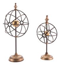 Set Of 2 Globes With Pedestal Antique, 16640