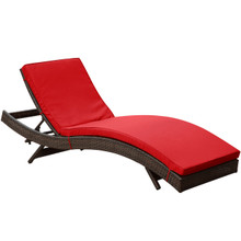 Peer Chaise in Brown Red