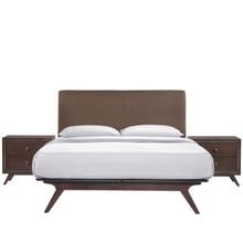 Tracy 3 Piece Queen Bedroom Set, Wood Brown Fabric