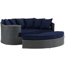 Sojourn Outdoor Patio Sunbrella Daybed, Navy, Rattan 9988