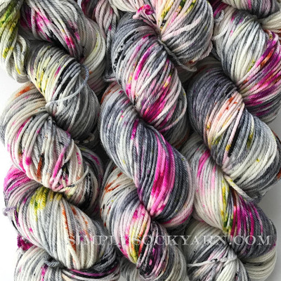 SY Cozy DK Bewitching -