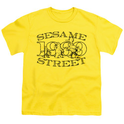 Image for Sesame Street Youth T-Shirt - Friend Stroll