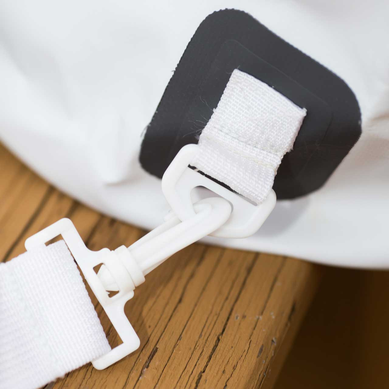 Close up of should strap clip on the White 30L Tuff Tote Bag