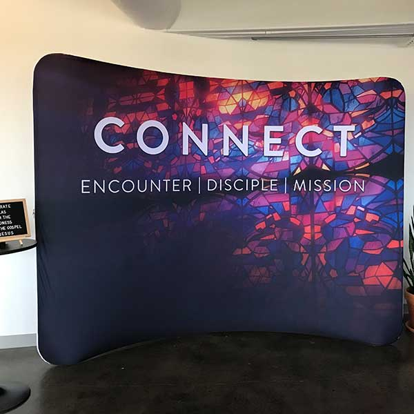 curve display for church