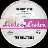 DELLTONES  -   Hangin' five/ Surf city (G82134/7s)