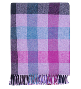 Langholm Clematis Check Wool blanket