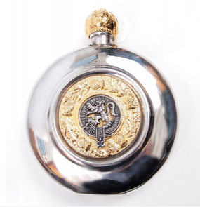Sporran Flask Lion Rampant (Gilt or Silver Badge)