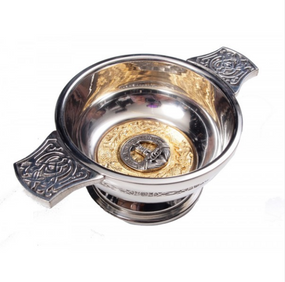 "Quaich 3"" Scottish Clan Crest (Gilt or Silver Badge)"