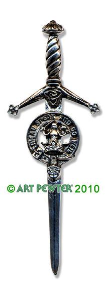 URQUHART Clan Kilt Pin