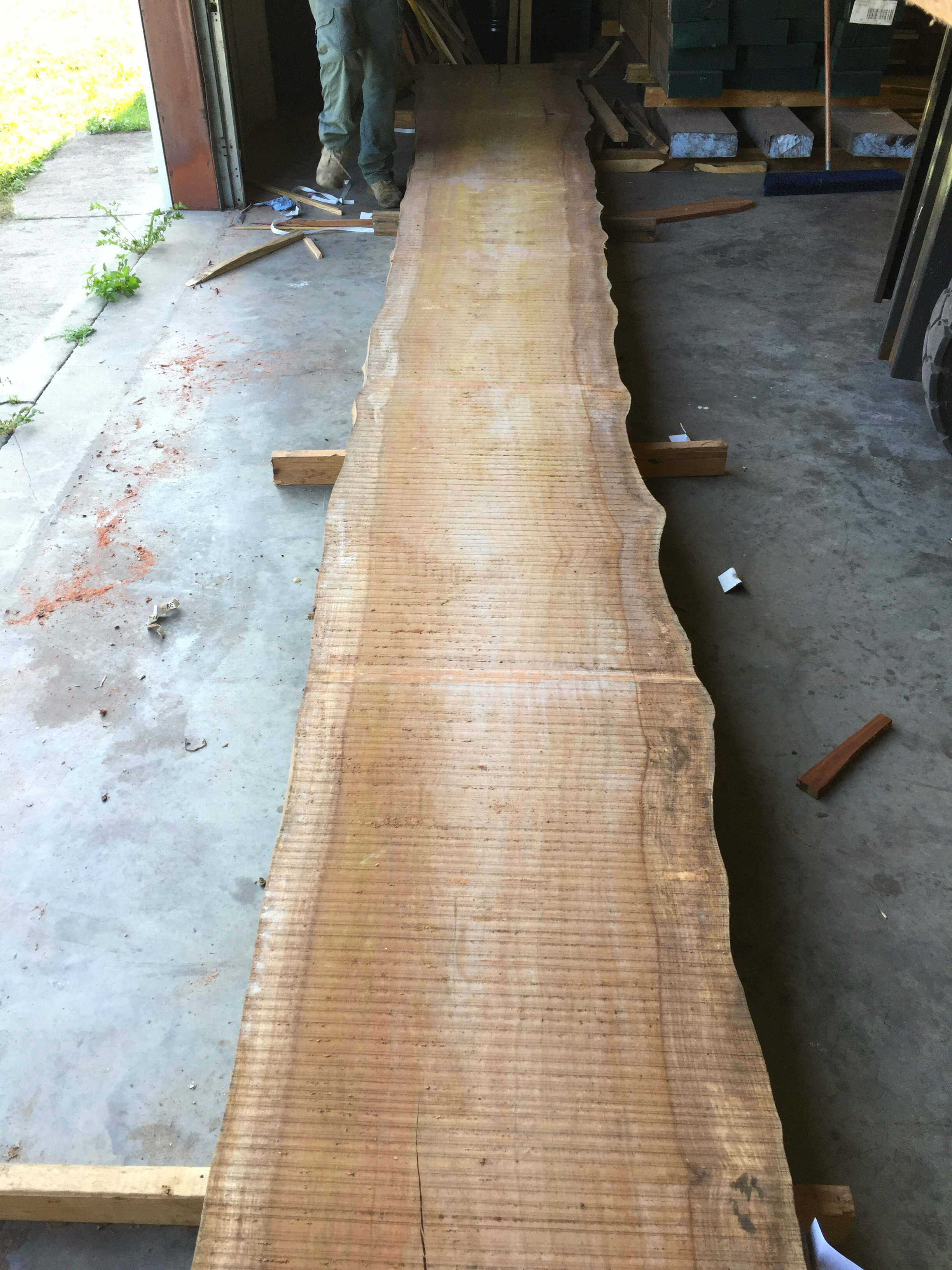 img-4248-super-long-bubinga-live-edge-slab1.jpg