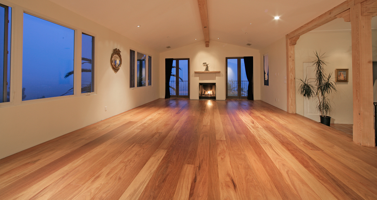 web-jt-studio-brazilian-teak-floor-finished-with-odie-s-.jpg