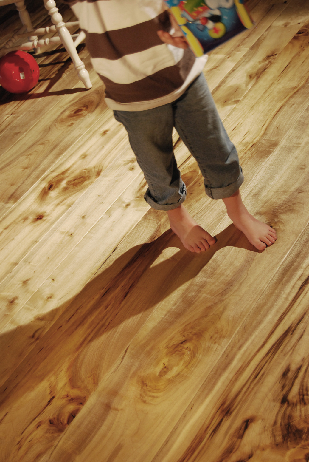 web96-child-s-feet-on-jt-studio-floor.jpg