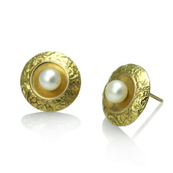 Washi Pearl Disk Earrings, Modern Jewelry by Keiko Mita